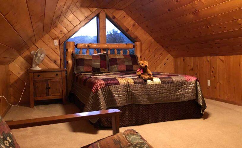 eureka springs cabin loft