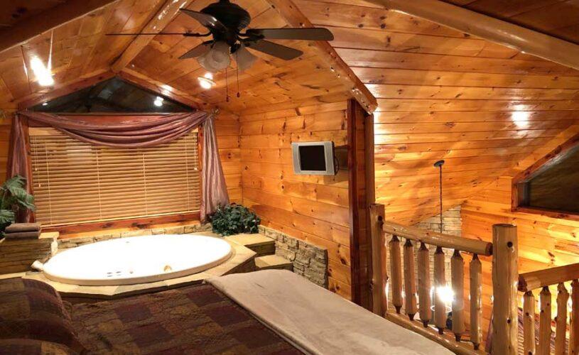 eureka springs cabin indoor whirlpool jetted tub