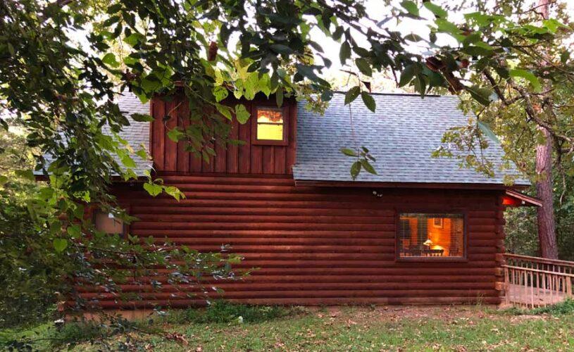 shady oak cabin exterior
